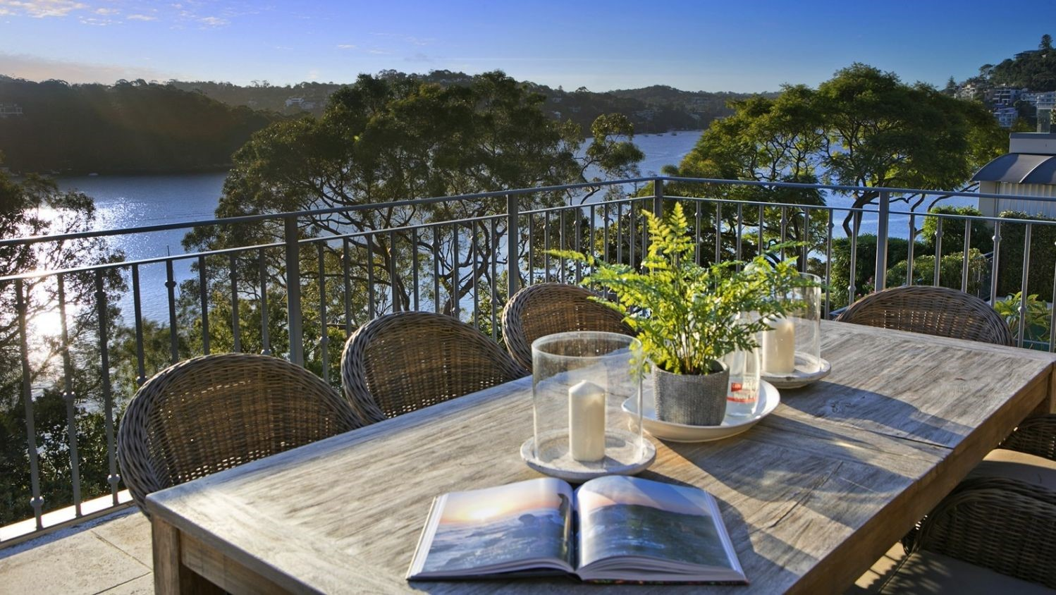 The geographical feng shui of Mosman's Beauty Point has lured a buyer from China this Golden Week.